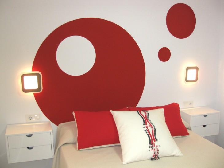 Cabezal de cama personalizado para ambientar habitación principal.